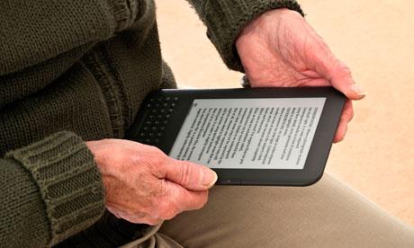 58% ludzi czyta ebooki na czytnikach